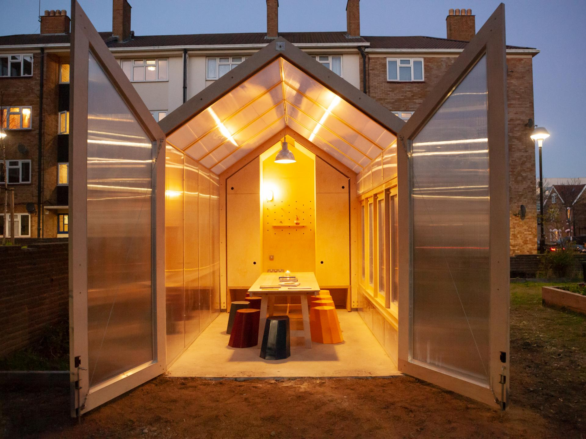 TriO by the drwaing shed. Designed and made by Risner Design in collaboration with Matthew Lloyd Architects